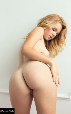 turkey escort Natasha Sexy blonde
